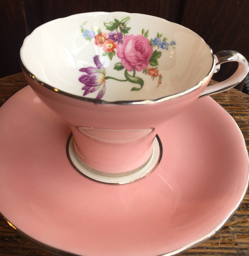 Vintage RARE Aynsley Pink- Rose Iris Daisy Bouquet -Tea Cup and Saucer Set 1960s