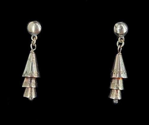 """Antique Sterling Silver Tiered Cone Etched Design Drop Dangle Earrings 1.25"""""""