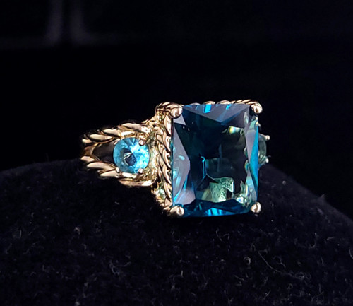 Vintage 14k Yellow Gold Sterling Silver Aqua Blue Paste Rhinestone Ring Size 8