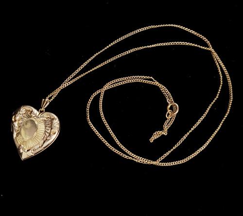 Antique Victorian 12k Gold Filled GF Engraved Etched Heart Shaped Locket Necklace