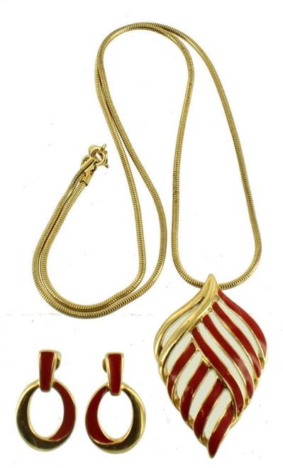 Vintage Trifari Gold Tone Red Enamel Snake Chain Pendant Necklace Earrings Set