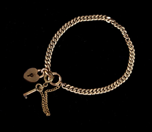 """Antique Deco 10k Gold Filled GF Curb Chain Heart Lock and Key Charm Bracelet 7"""""""