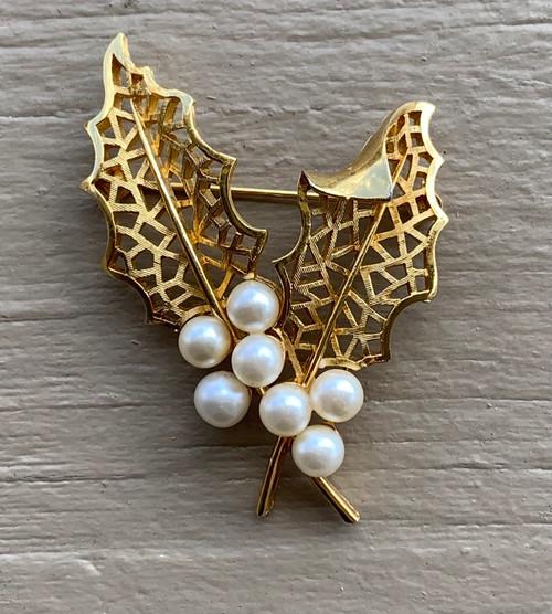 Vintage Crown Trifari Mid Century Holly Leaf Faux Pearl Gold Tone Pin Brooch