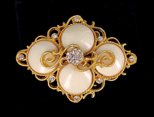 "Vintage Hattie Carnegie White Enamel Gold Tone Paste Rhinestone Pin Brooch 2.25"""