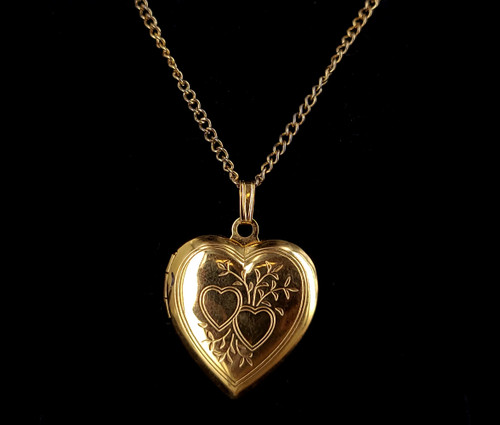"""Vintage Mid Century 18K Yellow Gold Plated Heart Floral Design Locket Pendant 1"""""""