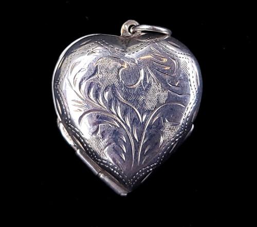 """Vintage Sterling Double 4 Leaf Clover Heart Folding Engraved Locket Pendant 1.25"""""""