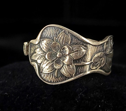 Vintage Mid Century Sterling Silver Recycled Spoon Floral Silverwork Ring Size 9