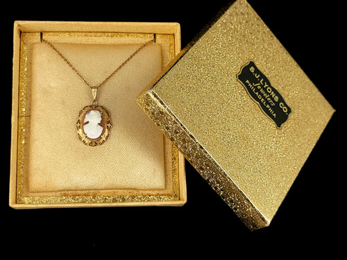 Vintage Art Deco 10k Gold Filled Shell Cameo Filigree Pendant Necklace w Box