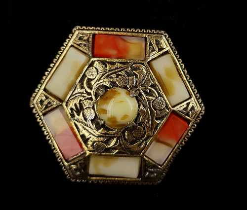 """Vintage Miracle Glass Scottish Agate Gold Tone Octagon Pin brooch 2"""""""