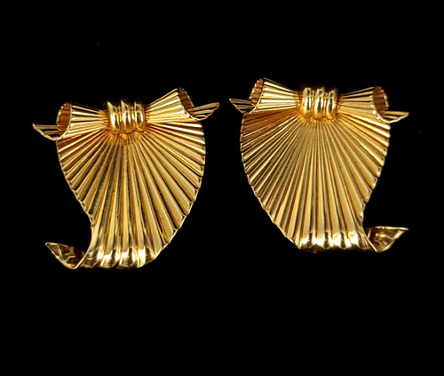 Vintage Tiffany Co 14k Yellow Gold Ribbon Bow Fluted ClipOn Mid Century Earrings