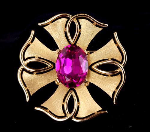 "Vintage Crown Trifari Gold Tone Pink Sapphire Hollywood Regency Brooch Pin 2"""