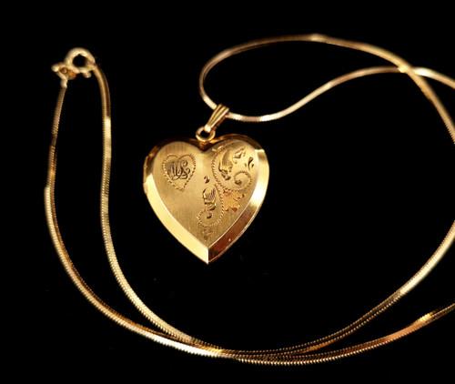 "Vintage Mid Century 12k Gold Filled GF Engraved ""ML"" Heart Shaped Locket Pendant"
