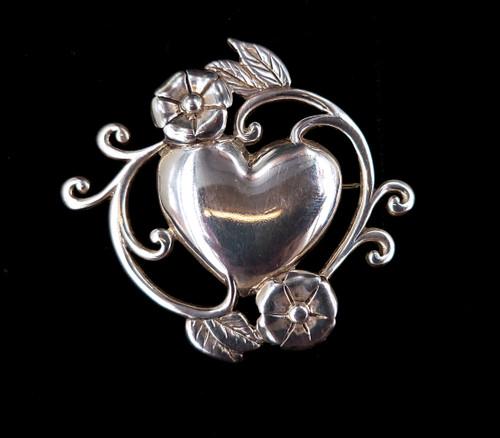 "Vintage Mid Century Sterling Silver Jezlaine Heart Flower Floral Brooch Pin 2"""