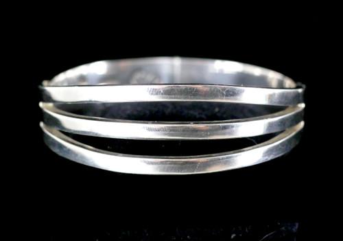 Vintage JRZ Three Leaf Clover Hallmark Sterling Modernist Bangle Bracelet