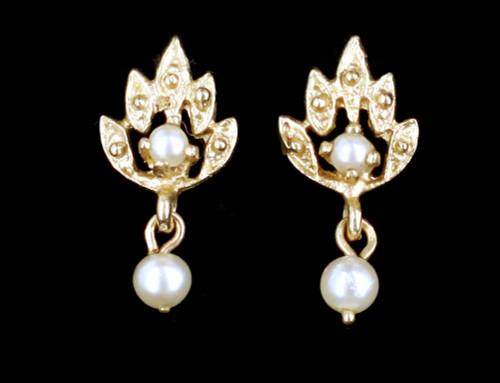 Vintage 14k Gold Peacock Pearl Dainty Minimalist Dangle Drop Earrings