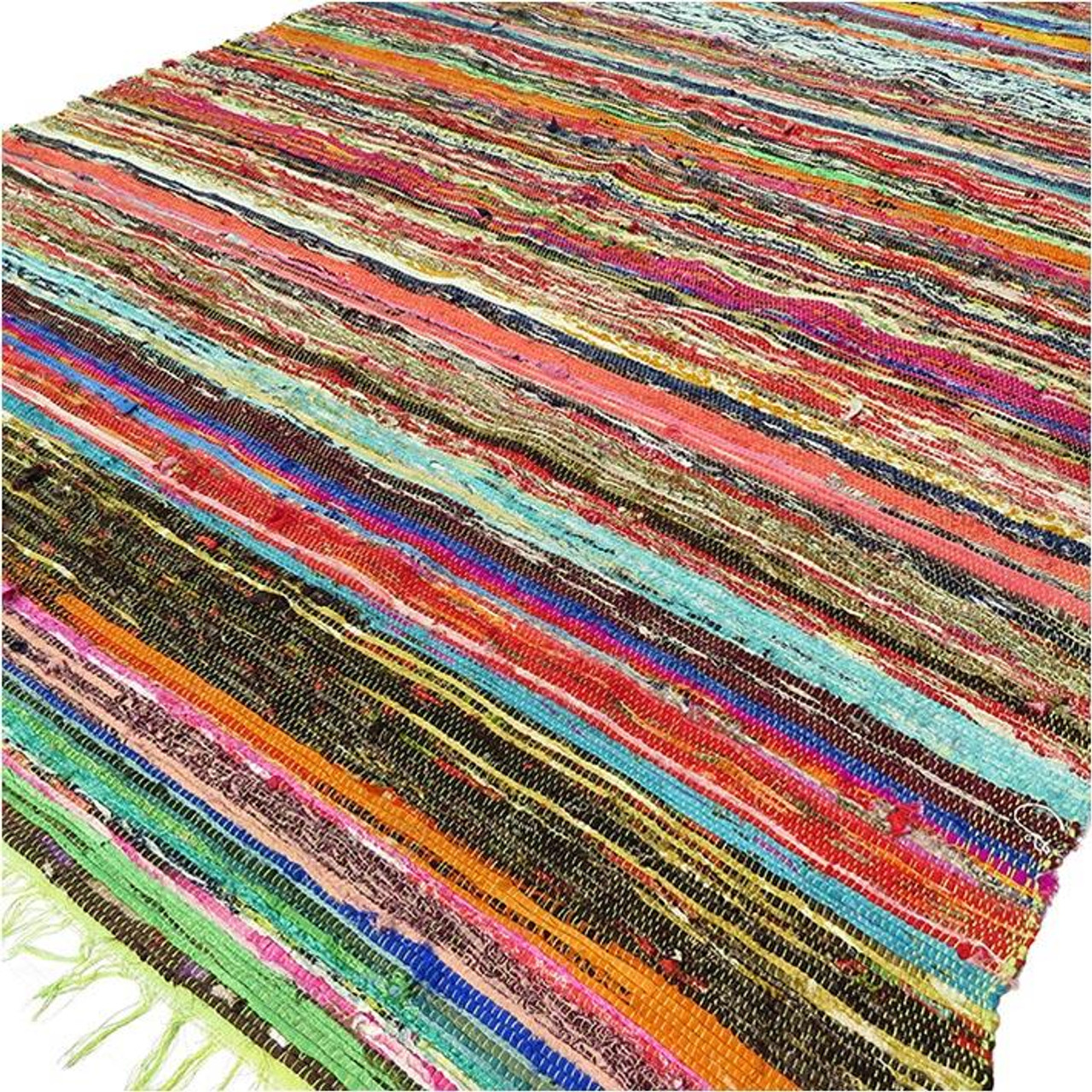 Luxury Rag Rug - Recycled Material - 150cm x 90cm - Hand Woven - Green