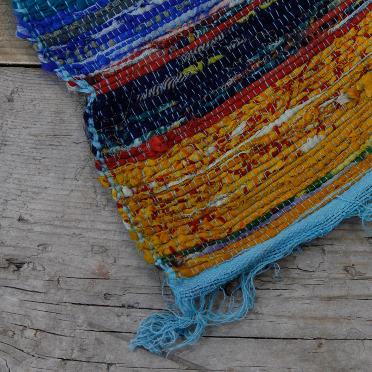 Luxury Rag Rug - Recycled Material - 150cm x 90cm - Hand Woven - Blue