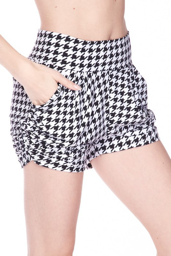 Wholesale - Buttery Soft Houndstooth Plus Size Harem Shorts