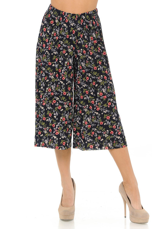Wholesale - Fashion Casual Red Floral Vine Pleated Gaucho Capris