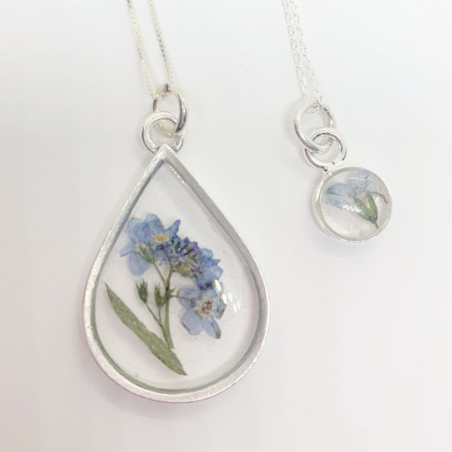 Mom & Me Forget Me Not Necklace Set, Antique Silver Clear
