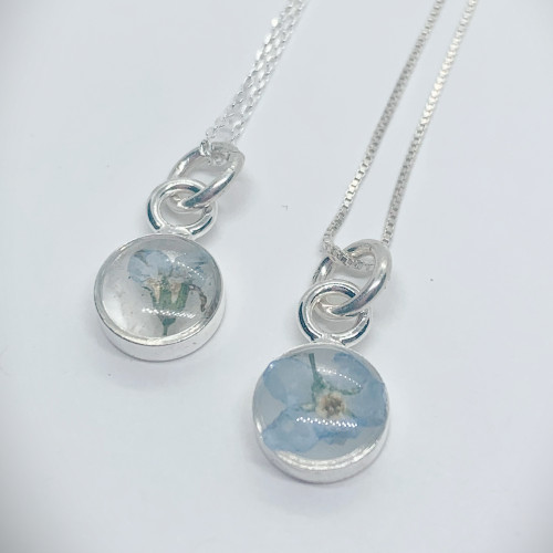 Itsy Bitsy Forget-Me-Not Flower necklace Antique Silver