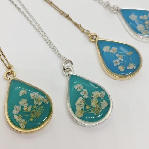 Queen Anne's Lace Flower necklace - Antique Silver