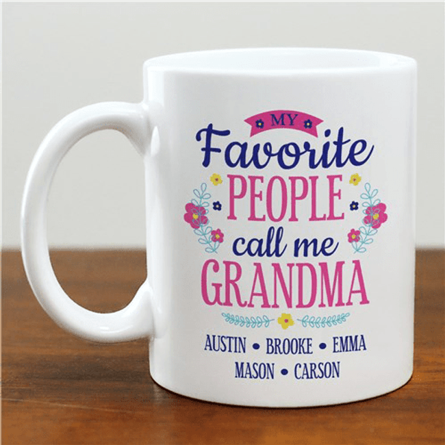 "Personalized Mug - Grandma's ""Favorite People"""