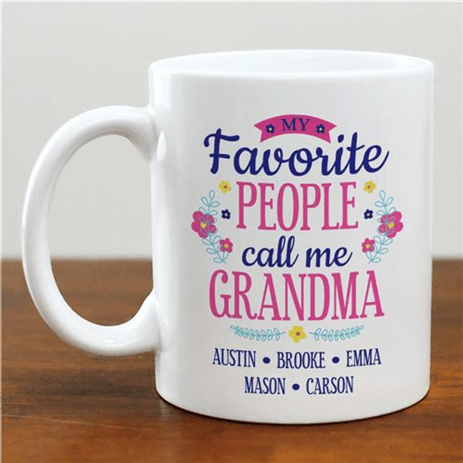"Personalized Mug - Grandma's ""Favorite People"""