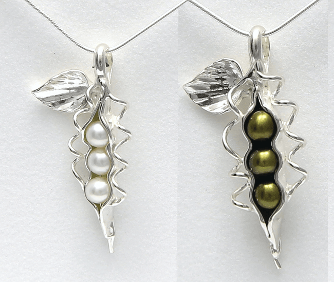 Pea Pod Pearl Necklace - How Many Peas In Grandma's Pod? (3 Grandkids)