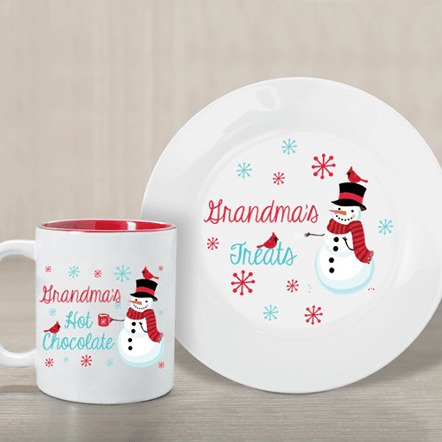 Fun ceramic plate and mug set for your holiday treats.