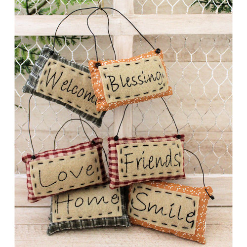 Mini Pillows Friends Blessings Welcome Ornaments