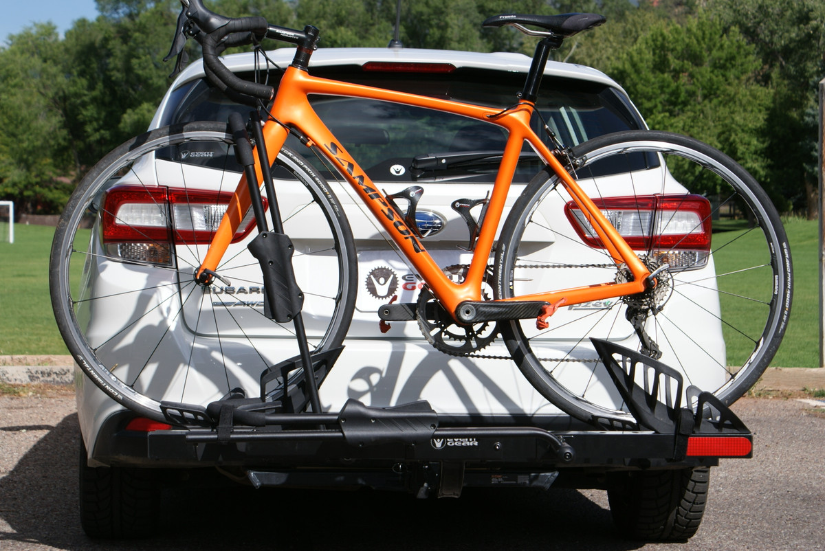 WHEN CARRYING ONLY ONE BIKE WITH THE PLUS INSTALLED, USE THE POSITION CLOSEST TO THE VEHICHLE
