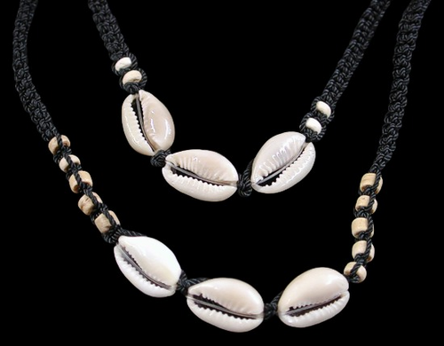 Black Cut Cowrie W Bamboo Shell Necklace and Bracelet  Adjustable