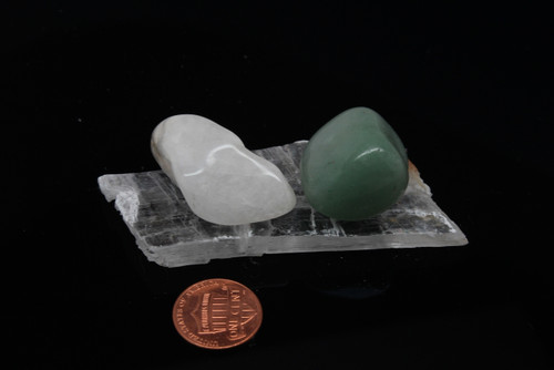 Selenite Healer with Quartz and Green Calcite Power Stones