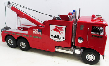 Mobil Kenworth COE Tow Truck Smith Miller