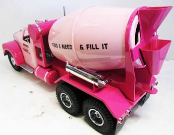 Smith Miller Kaiser Pink Cement Truck #37 of 125