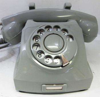 Norwegian Oslo Convertible Desk / Wall Telephone White Rotary Dial
