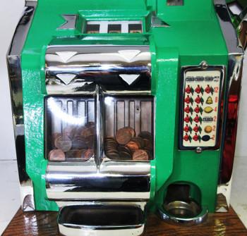 MILLS 1c QT Chevron Slot Machine circa 1936 fully restored Green