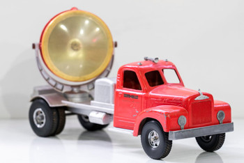 """Smith-Miller Mack """"B"""" Truck with Red Hollywood Light Circa 1950's"""