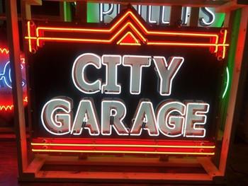 CIty Garage 2 Neon