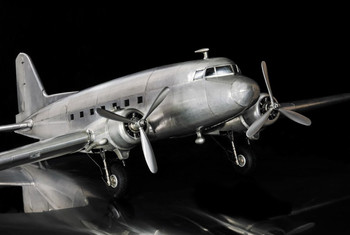 Dakota DC3 Model Airplane  AP455