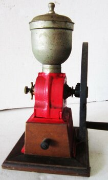 Cast Iron Coffee Pepper Grinder