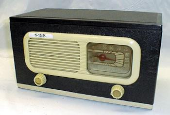 Philco AM Radio model No.47-204