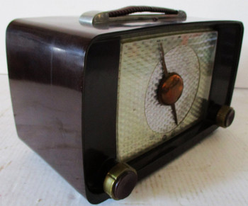 Professionally Fully Restored Vintage Bakelite Zenith AM Tube Radio Circa 1940's