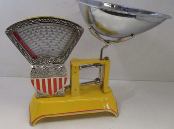 Yellow Two Pound National Store Specialty Scale Circa 1910
