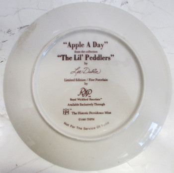 """Apple A Day"" Lee Dubin Collector Plate"