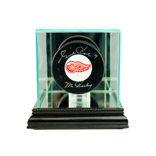 Deluxe Real Glass Single Puck Display Case