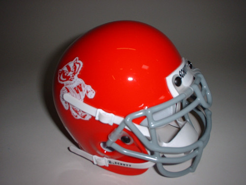 Wisconsin Badgers Red 1969 Bucky Badger Mascot Logo Schutt Throwback Mini Authentic Football Helmet