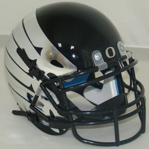 Oregon Ducks Alternate Black with Wings Schutt Mini Authentic Football Helmet