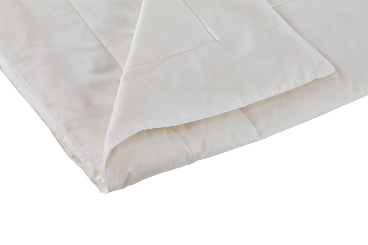 Sleep & Beyond myComforter Light 100% Washable Wool Comforter Detail